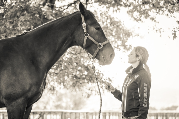 Kelley Barrington - Equine Sports Medicine and Rehab Centre